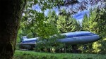 6132060-R3L8T8D-650-old-boeing-727-recycled-plane-home-bruce-campbell-22