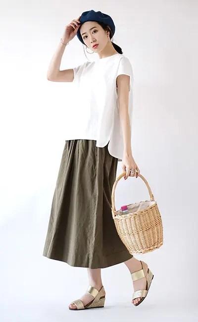 白Tスカート