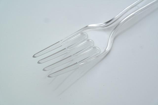 plast bestikk mat