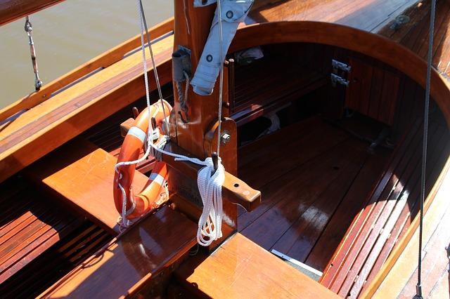 trebåt seil