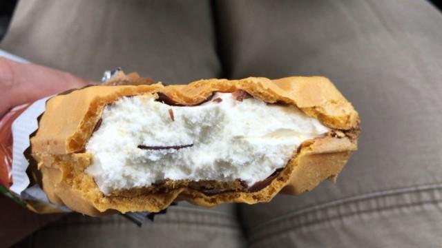森永 チョコ モナカ ジャンボのチョコレートコーティング