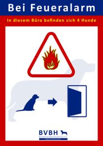 Bürohund: Aushang Feueralarm 4 Hunde im Büro