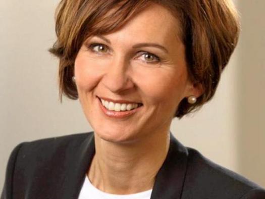 Bettina Stark-Watzinger Bundestagswahl 2017 - Kandidatenmeinung Bürohund