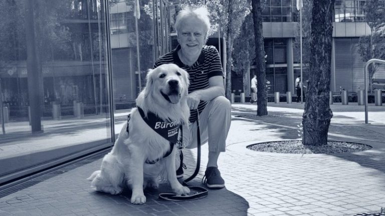 Integration Bürohund: - Dozent Markus Beyer, Berlin