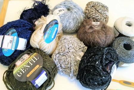 かぎ針:年末の在庫消化にオススメ!あまり糸をフル活用して自由にニット帽を編んでみよう!