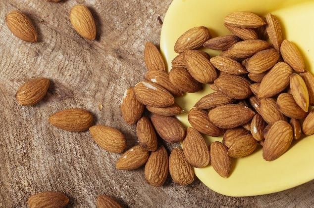 アーモンド 栄養 効能