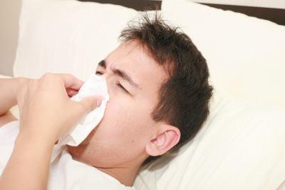 鼻血 原因 止め方