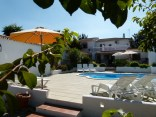 image of our garden patio and pool at the rear of Cortijo Las Viñas