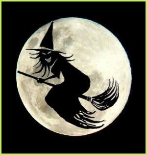 bruja volando en escoba de noche