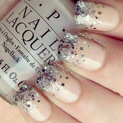 Nude-Glitter-Nails-2