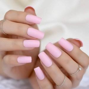 disenos-de-unas-de-color-rosa-postizas-esmaltes-gel-de-unas-acrilicas