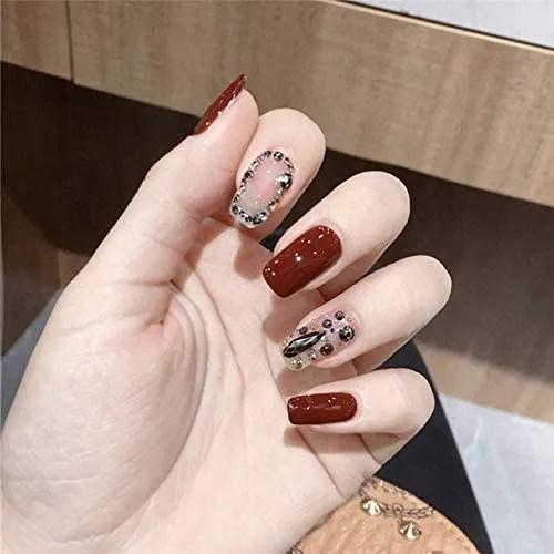 rpbll 24pcs / box Gotas de agua de color rojo vino tinto y uñas decoradas con diamantes de imitación cubiertas completas con pegamento Cabeza...