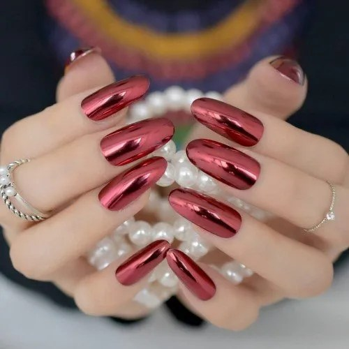 Z789 - Juego de 24 uñas postizas redondas para mujer, color rojo vino, metalizado, para manicura