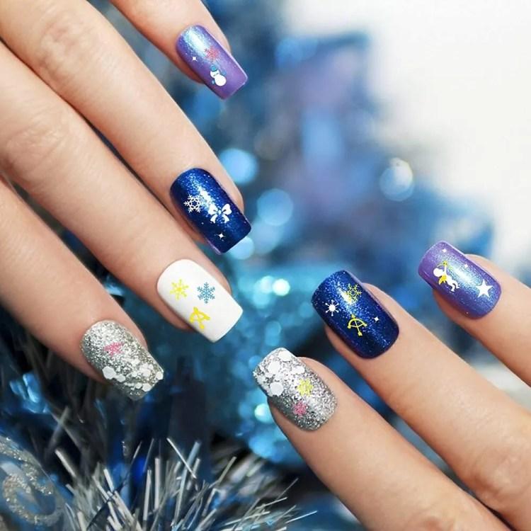 Uñas de Navideñas de Navidad 2021 Color Azul y Lila