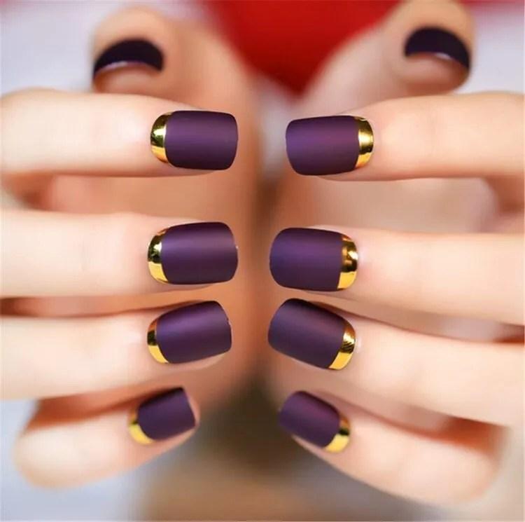 diseños de manicura corta francesa color mate metálico fuerte