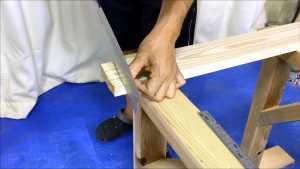 手ノコまっすぐ切る方法.mp4_000083450