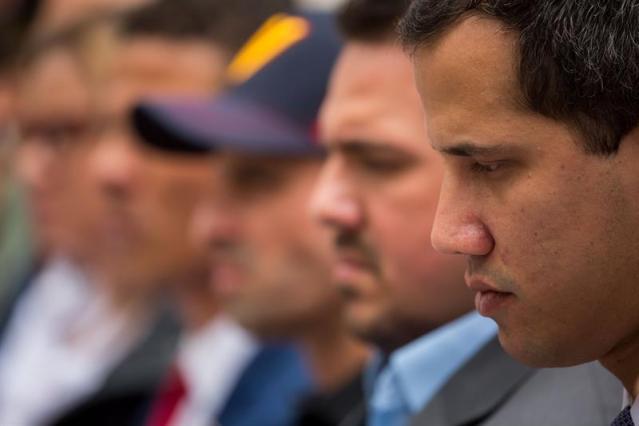 Oposición cree que Maduro suspende el diálogo por temor al cambio político