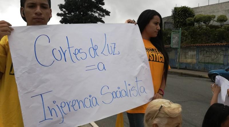 13 horas sin energía eléctrica contabilizan en Altos Mirandinos en los últimos tres días
