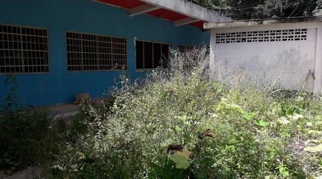 Matricula de la UEE Cecilio Acosta 1 cae de 1600 alumnos a solo 200