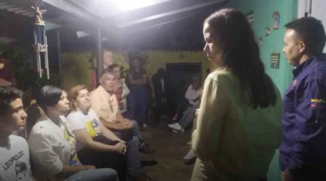 Diputada Manuela Bolívar en Carrizal: «El presidente Guaidó sólo no puede, hace falta la suma de todos»