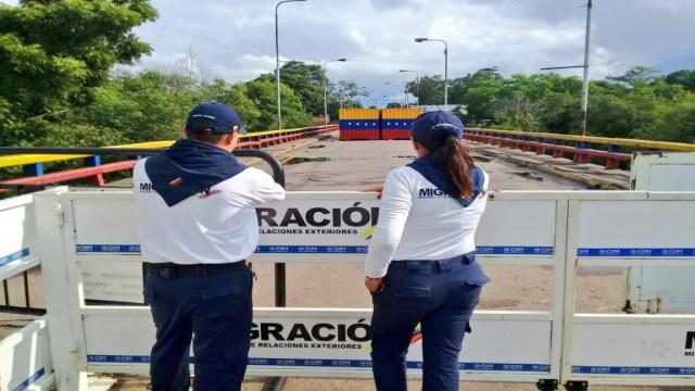 Cerrados los 12 pasos fronterizos de Colombia por manifestación