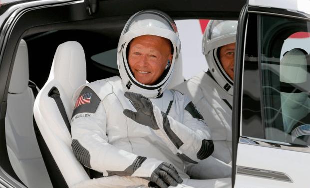 Exitoso lanzamiento del cohete Falcon 9 de SpaceX hizo historia al entrar en órbita