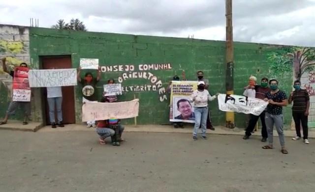 Agricultores de Lagunetica protestan en contra de «Unidad de Producción Socialista» que pretenden imponerles