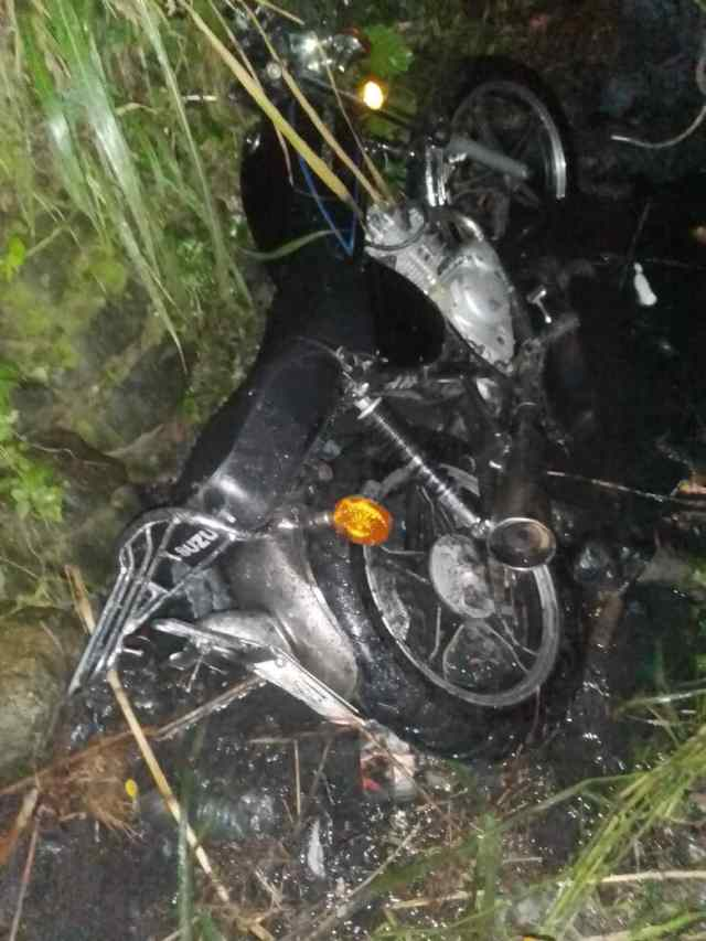 Motorizado perdió la vida al caer en quebrada de Figueroa
