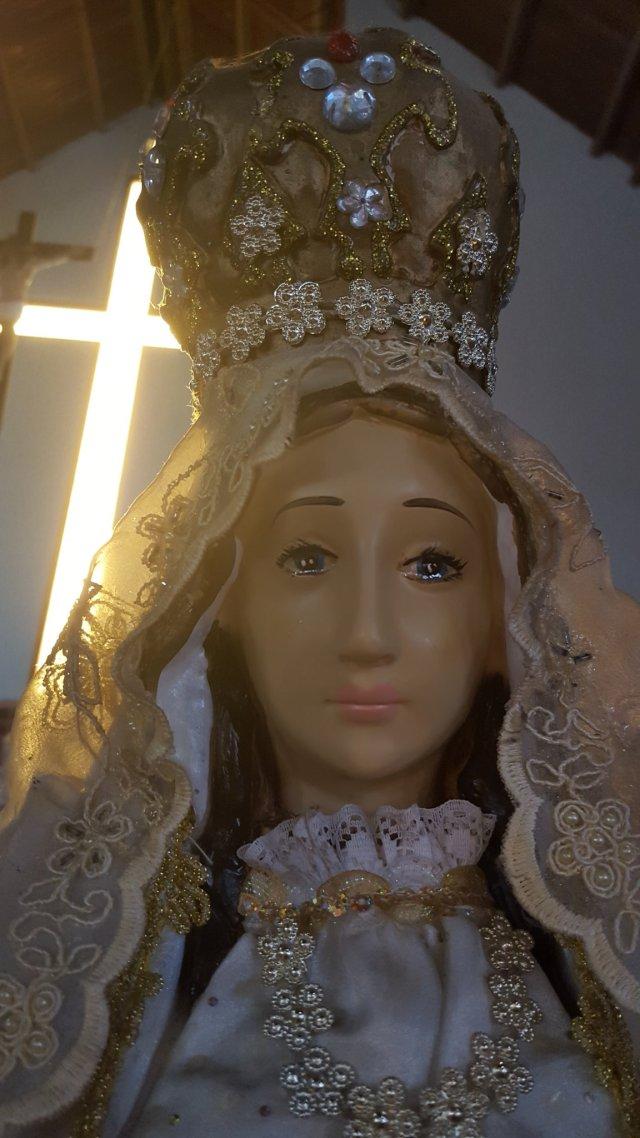 Párroco asegura que imagen de Virgen del Valle conserva «rostro de dolor» tras haber llorado