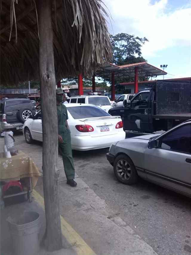 Dos semanas sin gasolina contabilizan en la E/S km 34 por «desvío» de combustible