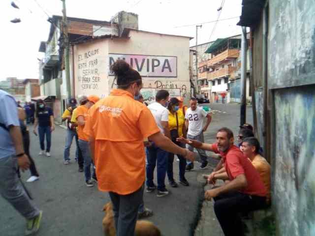 Oposición carrizaleña recorrió José Manuel Álvarez reiterando que no participarán en la  «farsa del 6»