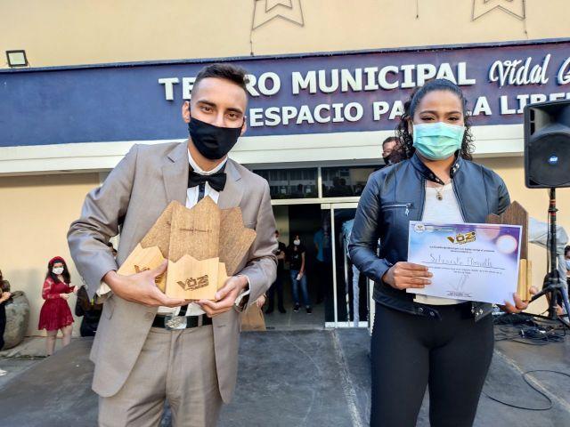Wilder Munelo y Sharushka Florville ganan concurso La Voz de Los Salias 2020