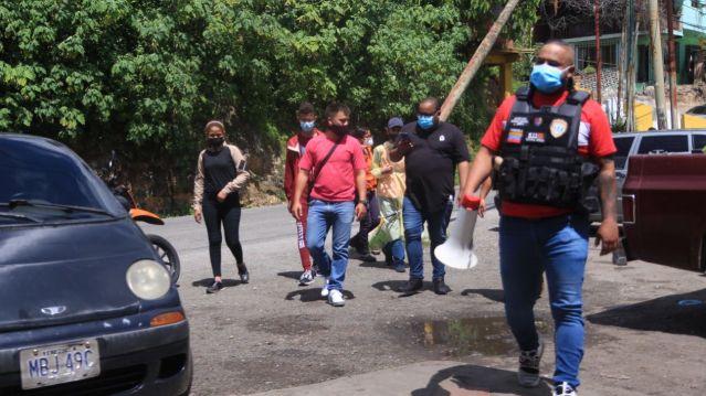 """Ante nueva ola de contagios en Carrizal reactiva el """"Corona Bus"""""""