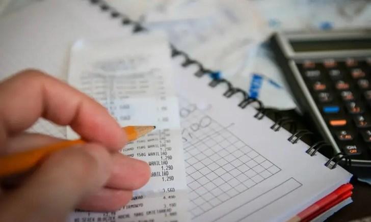 海外FXの税金の計算方法は?