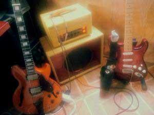 Fret King, Xtonebox, Fender Strato