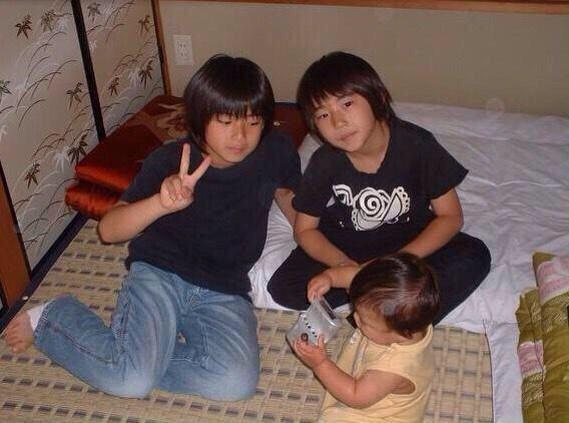 平野紫耀くんには莉久くんという弟がいて、現在、弟の莉久くんも芸能活動をしています。