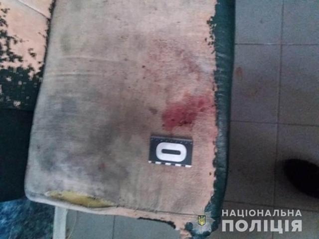 На автомойке ранее судимый одессит напал на парня, избил его и отобрал мопед, деньги и телефон