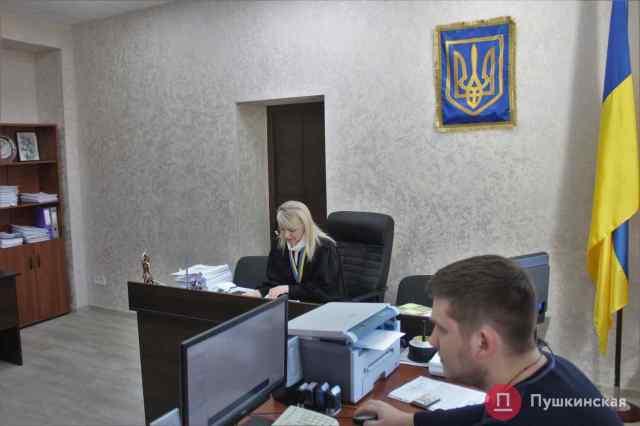 Решение одесского исполкома, которым военные получили «Викторию» во временное пользование, пытаются отменить через суд