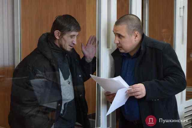 Дело об убийстве в одесском СИЗО встало на «паузу»: подсудимого не могут конвоировать