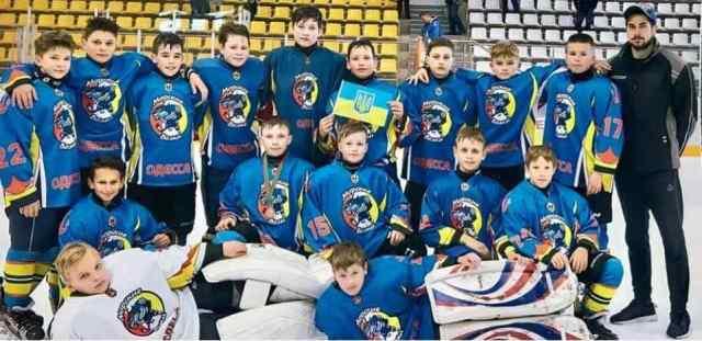 Одесситы стали вторыми на международном турнире по хоккею