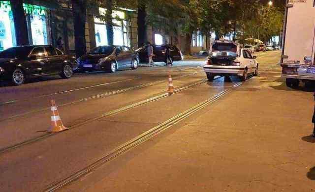 Ночью в центре Одессы BMW сбил пешехода