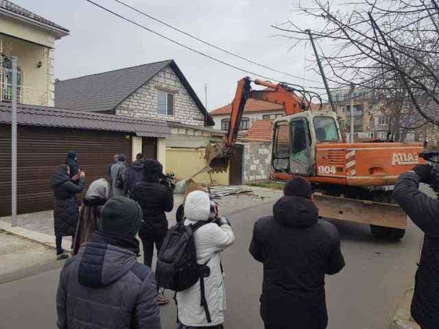 Одесский ГАСК добился через суд сноса трех нахалстроев: судебная тяжба длилась два года