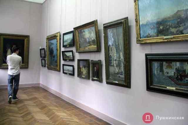 Snapchat создал линзы, благодаря которым картины Одесского художественного можно изучать в дополненной реальности. Видео