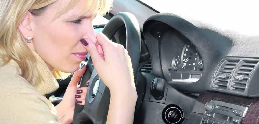 Hogyan lehet elpusztítani a szájából a benzin szagát - chuggington.hu
