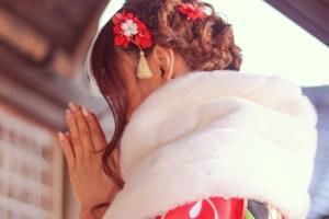 初詣の女性