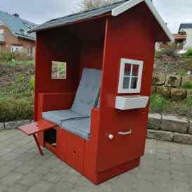 Hütten-Strandkorb in Schwedenfarbe inkl. Bitum-Biberschwänze-Dach