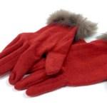 彼女へのクリスマスプレゼントにおすすめは手袋、人気のブランドは?