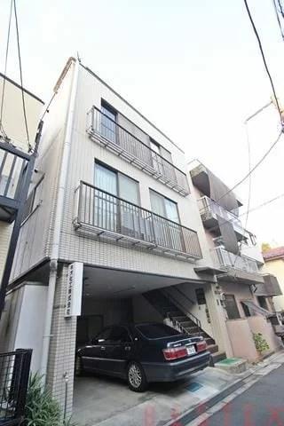 町田ビル 3階