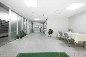 湯島武蔵野マンション 4階
