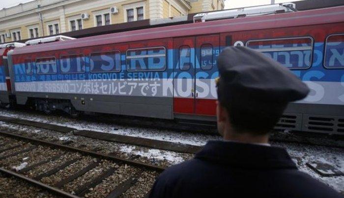 Владимир Петровић: Возови који не пролазе